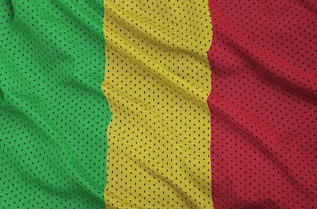 Mali-flagge auf einem sportswear-netzgewebe aus polyester-nylon