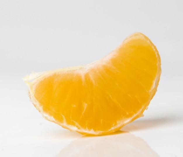 Mandarin auf dem tisch