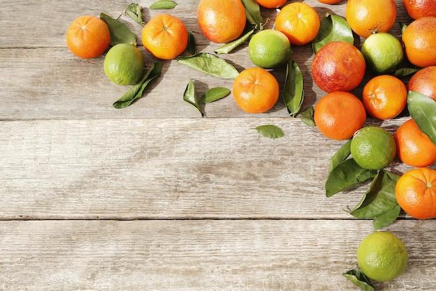 Mandarine und limette