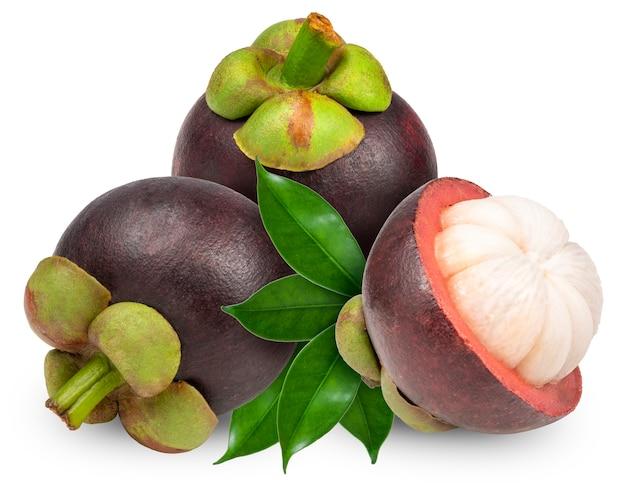 Mangostanfrüchte isoliert auf weiß, mangostanfrucht die königin der früchte.
