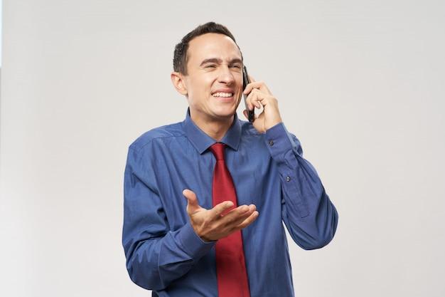 Mann business anzug emotionen