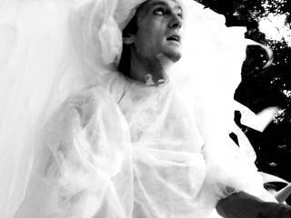 Mann in weiß