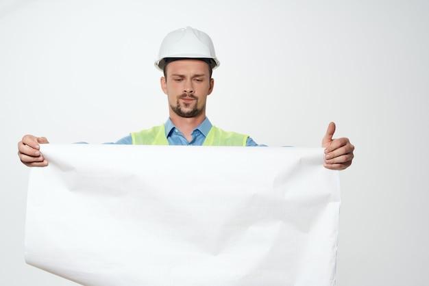 Mann reflektierende weste berufstätigkeit berufstätiger beruf. foto in hoher qualität