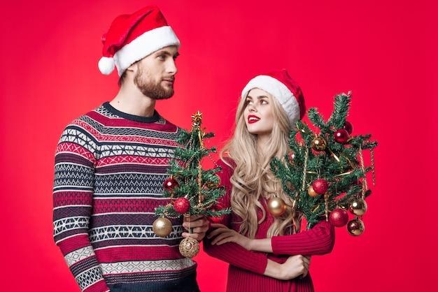 Mann und frau urlaub weihnachten emotionen romantik