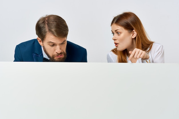 Mann und frau werbung präsentation weißes banner exemplar studio