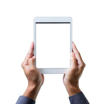 Mannhände, die ein tablet-computer-gerät mit isoliertem bildschirm halten