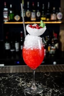 Margarita-cocktail, seitenansicht, abschluss oben