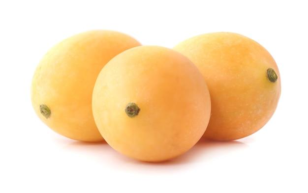 Marian pflaumenfrucht isoliert