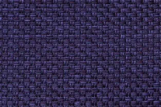 Marineblauer textilhintergrund mit karomuster, struktur des gewebemakros,