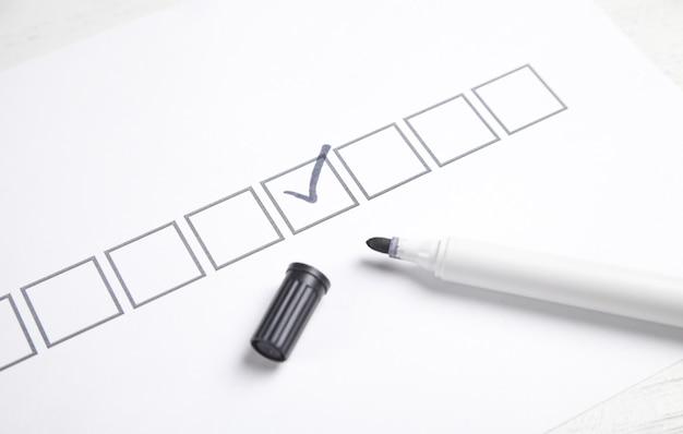 Markierung mit kontrollkästchen in der checkliste.