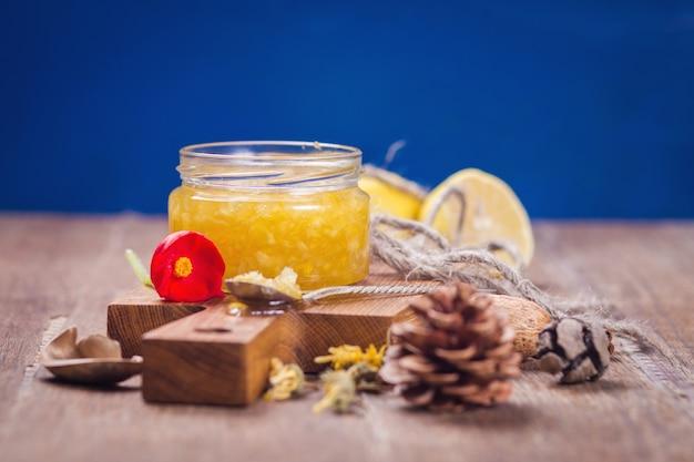 Marmelade aus zitrone