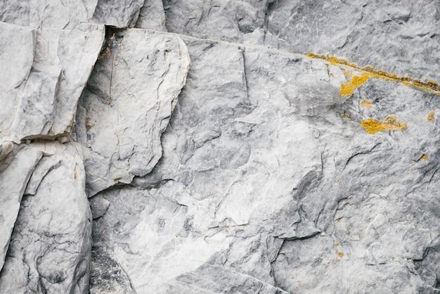 Marmor in natürlicher form.