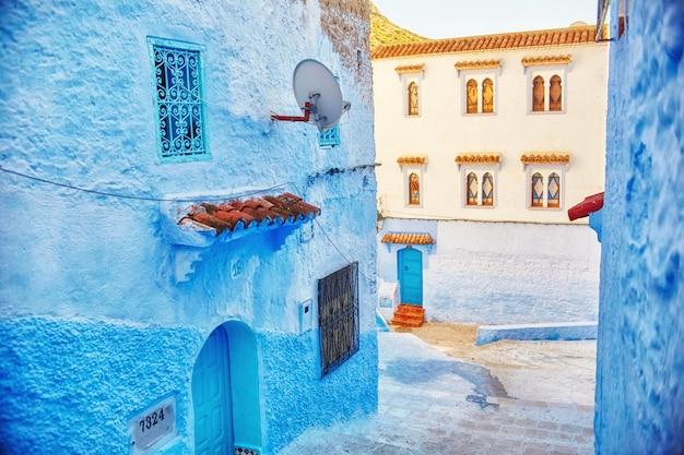 Marokko ist die blaue stadt der blauen farbe chefchaouen