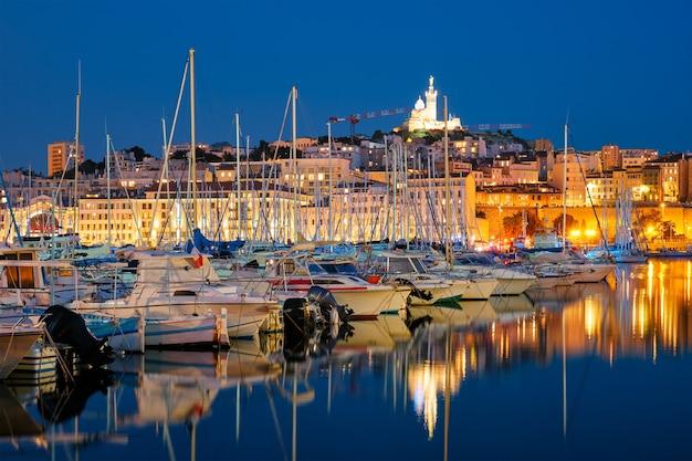 Marseille alter hafen in der nacht marseille frankreich