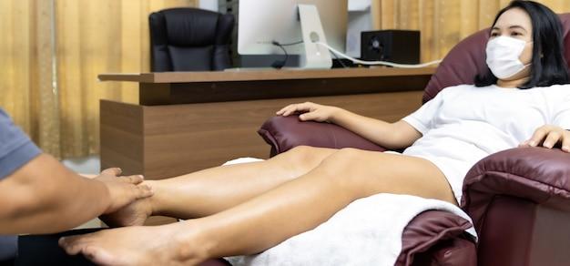 Massage zu hause während der sperrung