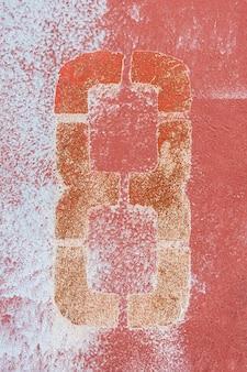 Massive rot gestrichene wand
