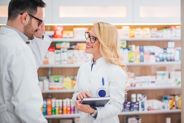 Medizin, pharmazie, gesundheitswesen und menschen