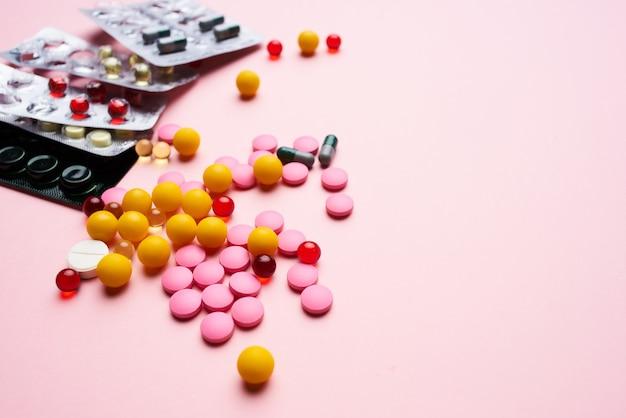 Medizin pillen medikamente behandlung arzneimittel