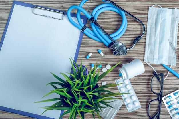 Medizinische ausrüstung mit exemplar