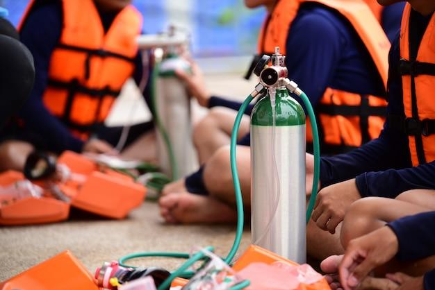 Medizinische sauerstoffflaschenausrüstung für behandlungshypoxiefall