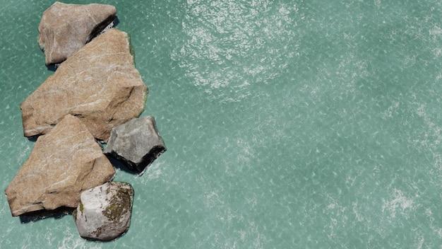 Meer von oben mit steinen gesehen