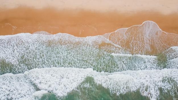 Meereswelle am sandstrand