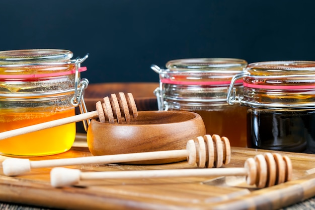 Mehrere honigsorten