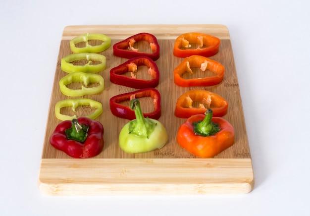 Mehrfarbiger geschnittener paprika