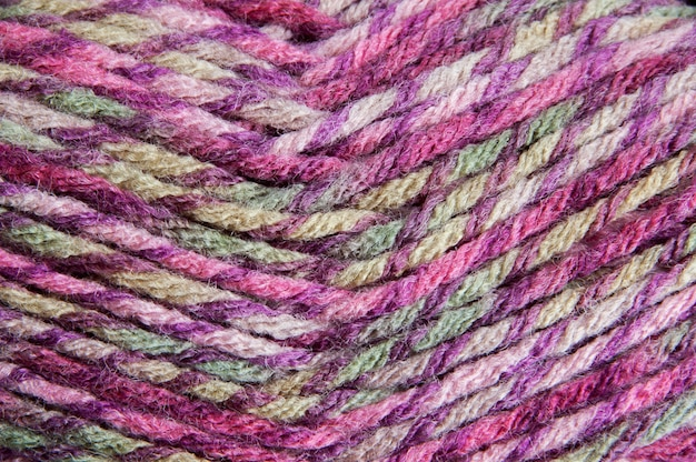 Mehrfarbiges garn für strickenden hintergrund