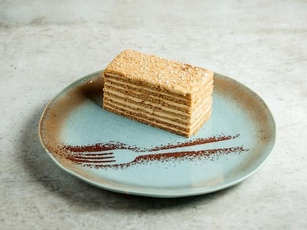 Mehrschichtige creme dessert