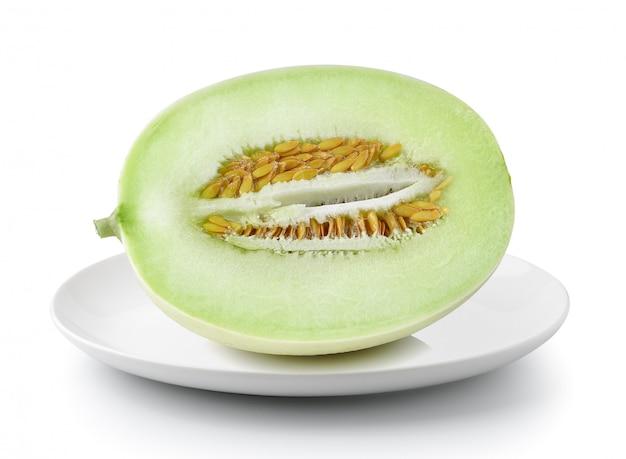 Melone melone in platte lokalisiert auf einem weißen hintergrund