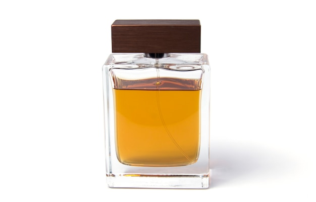 Mens cologne auf weißem hintergrund parfüm für männer parfümflaschen isoliert