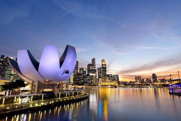 Merlion park, jachthafenbucht in singapur.