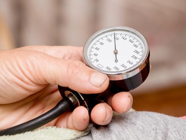 Messung des arteriellen blutdrucks