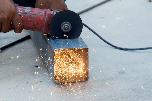 Metall schneiden