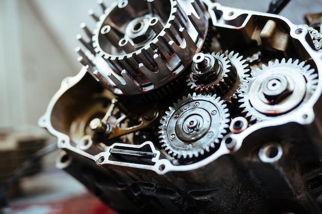 Metallmechanik in mechanik-garage