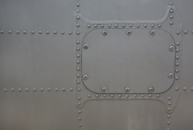Metalloberfläche des militärs gepanzert mit abdeckung.