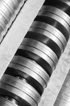 Metallteil aus der industriemaschine zur profilherstellung