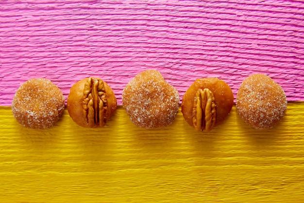 Mexikanische bonbonsüßigkeitenpekannuss des cajeta-karamells