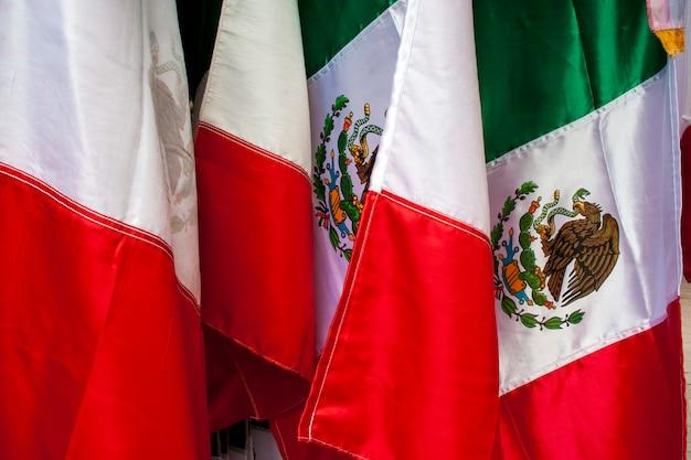 Mexikanische flaggen