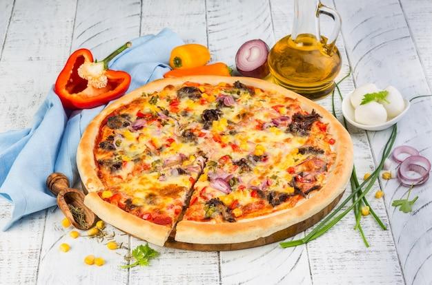 Mexikanische hausgemachte pizza