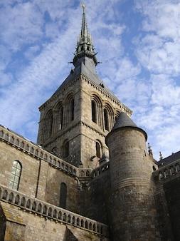 Michel le saint kirche mont normandy steeple spire