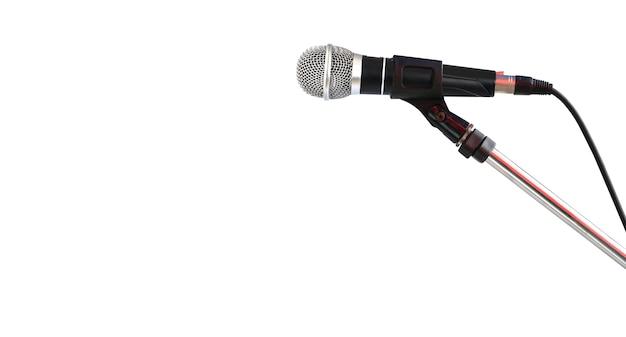 Mikrofon auf dem stand lokalisiert auf weißem hintergrund