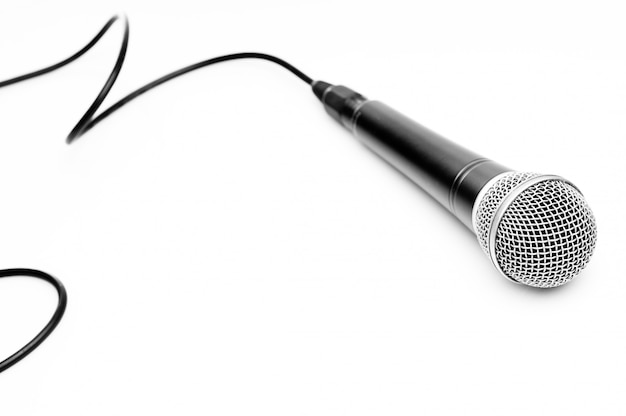 Mikrofon getrennt auf weiß