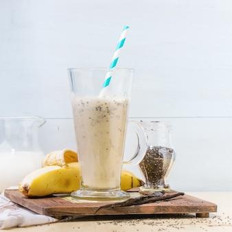 Milch-bananen-smoothie
