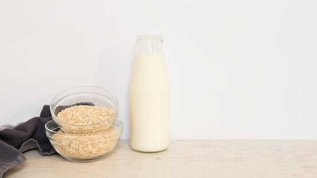 Milch und paniermehl