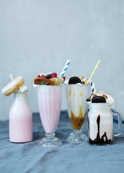 Milchshake mit süßigkeiten