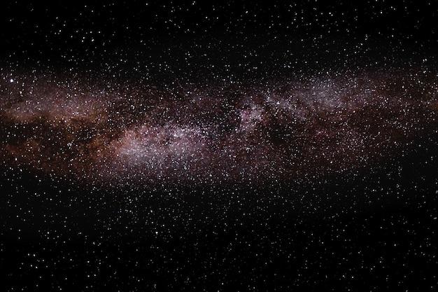 Milchstraße über bergszene