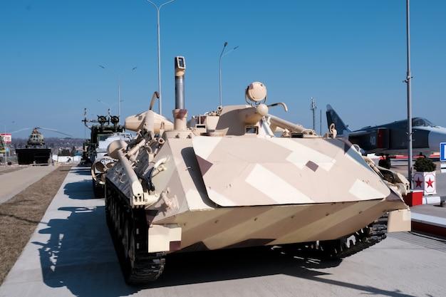Militär. alte militärische ausrüstung der udssr und russlands.