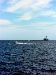 Milwaukee harborfront, boot, lakemichigan